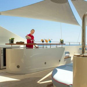 cocktail-bar-yacht